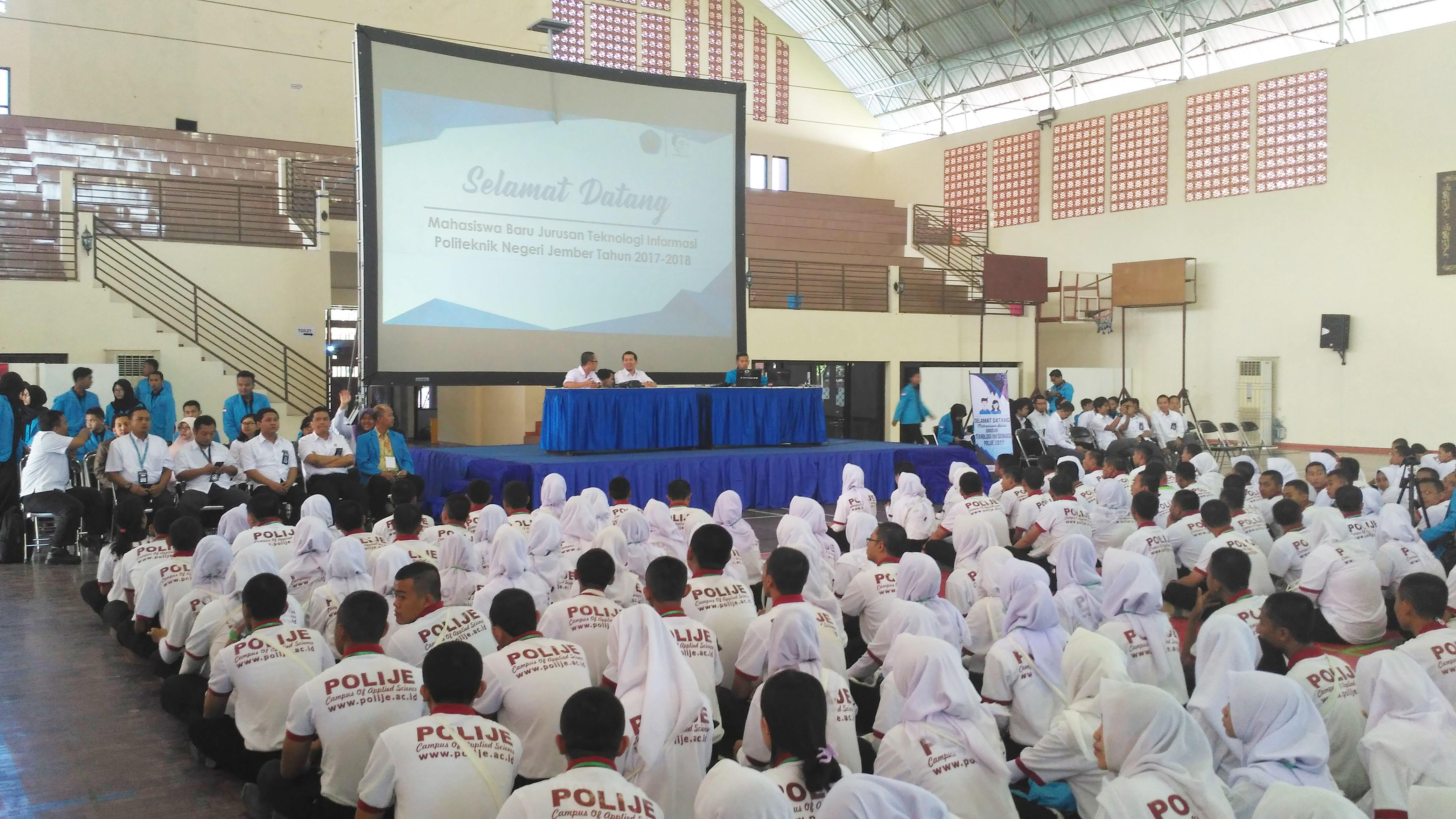 Kegiatan Pengenalan Kampus Mahasiswa Jurusan Teknologi Informasi