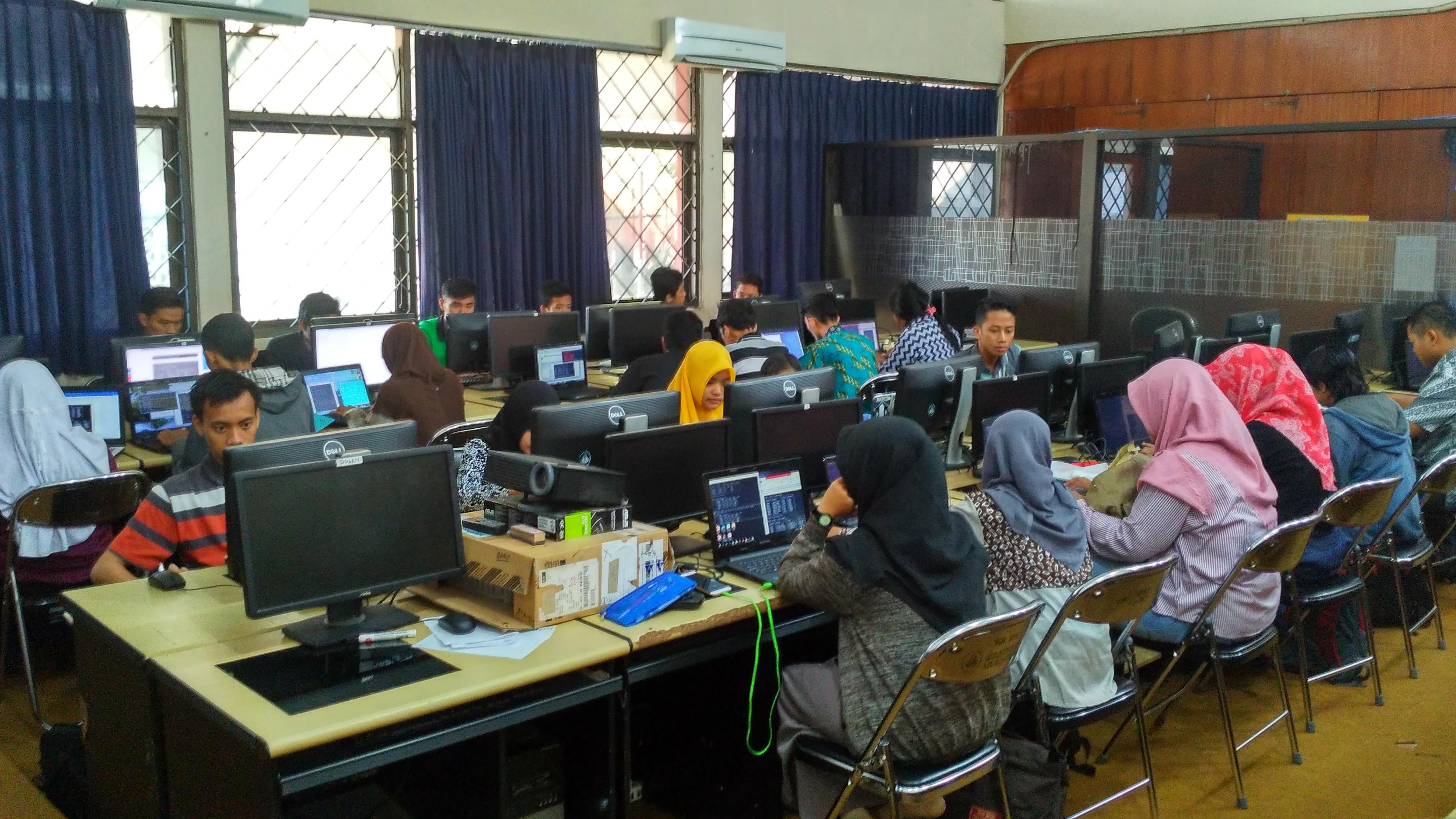 Laboratorium Komputasi dan Sistem Informasi